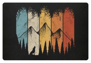Retro Wald, Berge und Wolf - Fußmatte-16