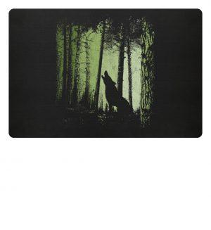 Einsamer Wolf im Zwielicht Wald - Fußmatte-16