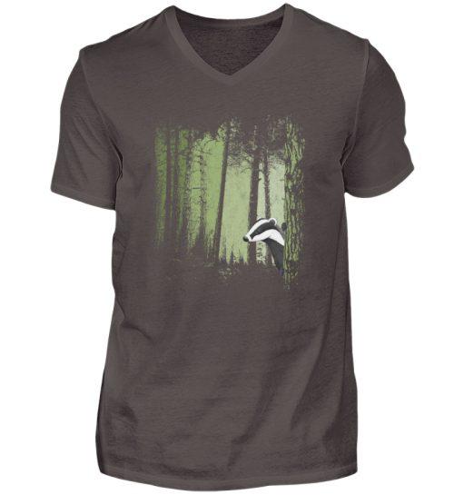 frecher Dachs im Zwielicht Wald - Herren V-Neck Shirt-2618