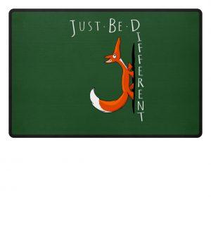 Just Be Different | Sei Anders, kleiner Fuchs - Fußmatte-833